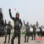 """Little Apple"" wins Chinese police and soldiers"